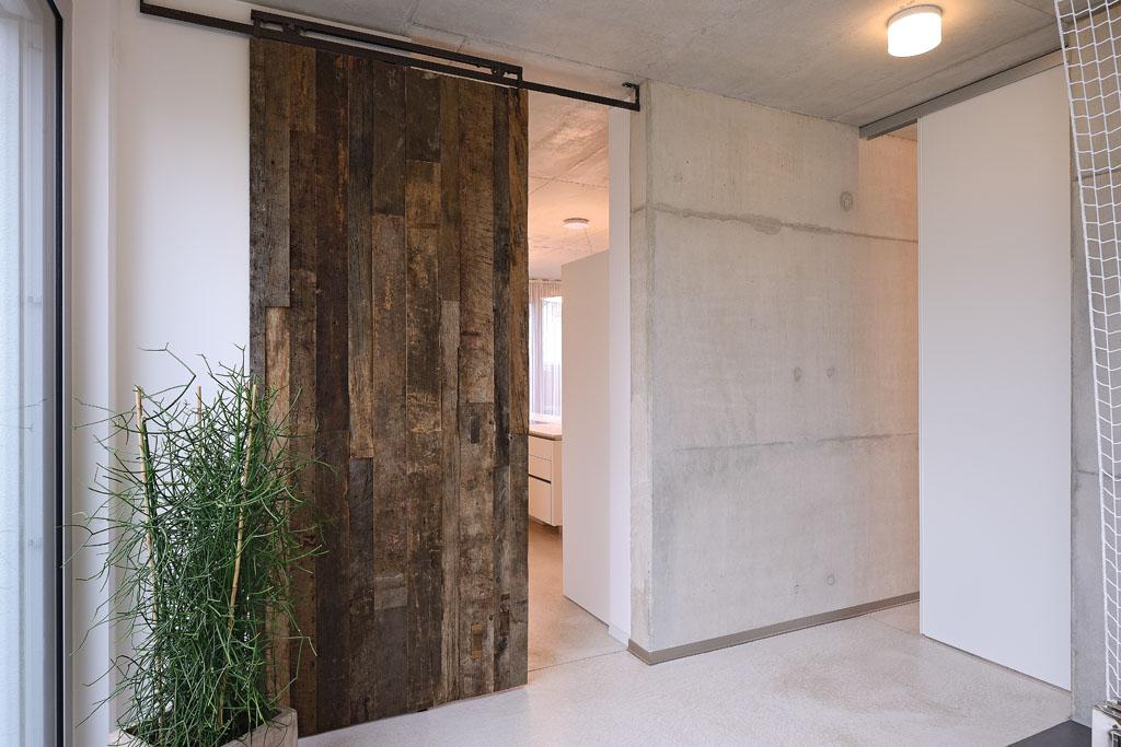 zimmert r schiebet r und windfang in petersberg. Black Bedroom Furniture Sets. Home Design Ideas