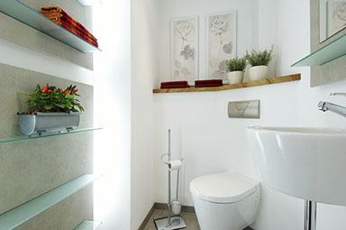 Badezimmer Möbel Und Sanierung In Fulda - Gästetoilette ohne fliesen